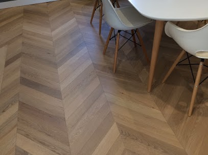 Parquet Lalegno Pointe de Hongrie 15-ABC-90-HP finition vernis invisible